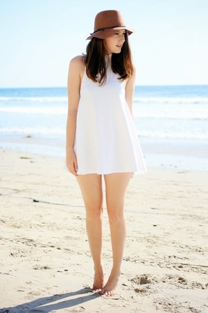 white Nasty Gal dress
