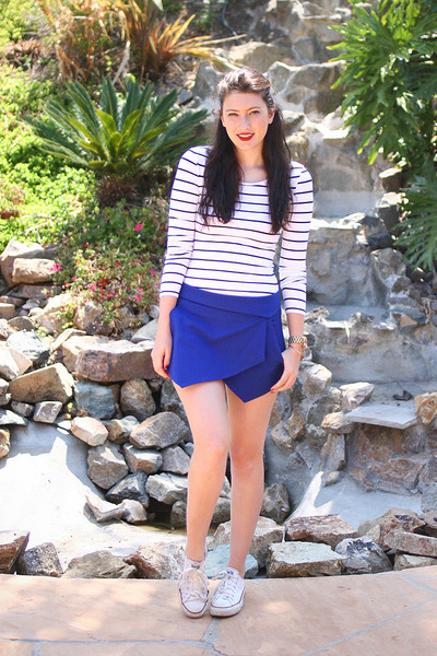 white Converse shoes - white H&M shirt - blue Zara shorts