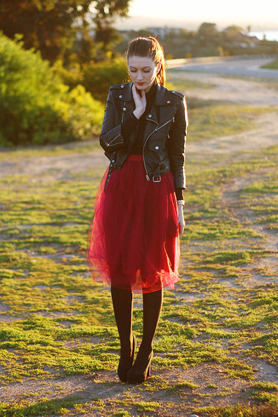 ruby red DIY skirt