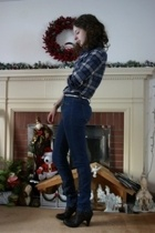 Target shirt - Urban Outfitters jeans - forever 21 belt - Target boots