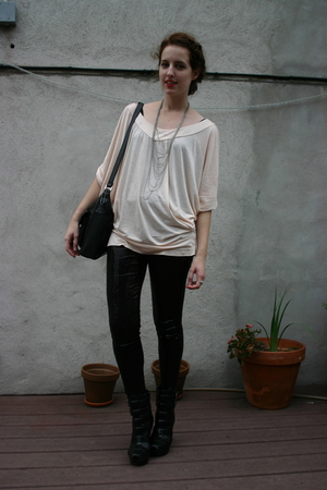 H&M shirt - H&M leggings - forevs necklace - vintage purse - alice  olivia for P