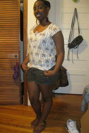 cream shirt - olive green Forever21 shorts - bronze Rainbows sandals - tawny For