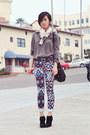Jeffrey-campbell-boots-printed-zara-scarf-black-tote-drew-melie-bianco-bag