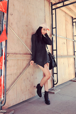 black Forever21 top - acne boots - tote black melie bianco bag