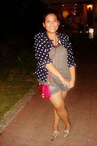 blue blazer - gray shirt - gray shorts - silver shoes - pink purse