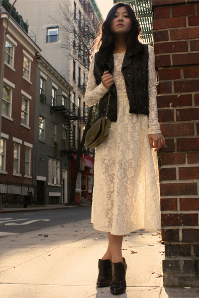 The Reformation dress - Diane Broussard shoes - vintage coach purse