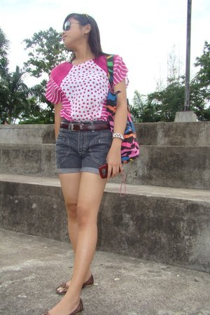 pink blouse - brown belt - brown flats