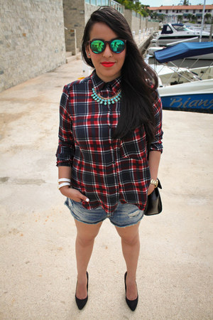 Guess watch - Accesorize bag - Zara shorts - H&M heels - Berskha blouse