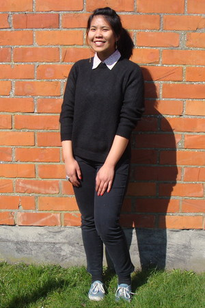 black wool thrift jumper