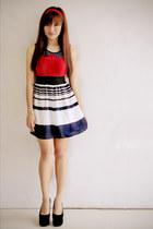 navy striped Zara skirt - red 1017 Clothing top - black velvet apartment 8 pumps