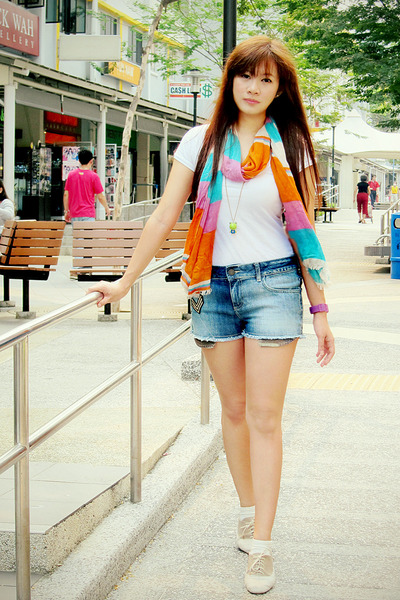 orange candy stripes Forever 21 scarf - navy denim Zara shorts