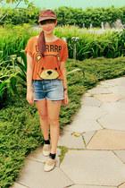 navy denim Zara shorts - brown Forever 21 t-shirt