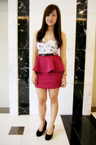white floral Zara bodysuit - magenta peplum apartment 8 skirt