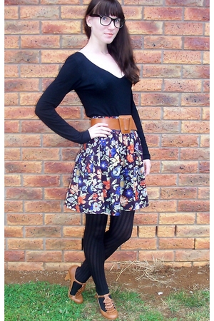 black NCC shirt - brown belt - purple skirt - black stockings - brown shoes - bl