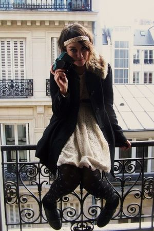 black H&M coat - beige Forever 21 dress - black Newlook tights - black H&M socks