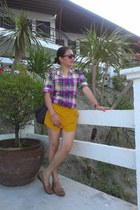 gold skort shorts - puce bag - crimson rayban sunglasses - brown loafers