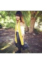 gray Blush Moorpark CA skirt - black Forever 21 shoes - white H&M shirt