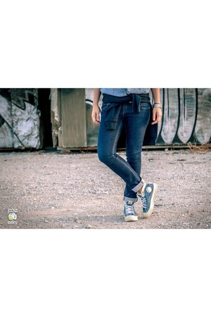 Zara jeans - Kenzo sweatshirt - Diesel sneakers