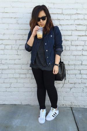 mini bucket bag Mansur Gavriel bag - Zara jeans - denim Lou and Grey jacket