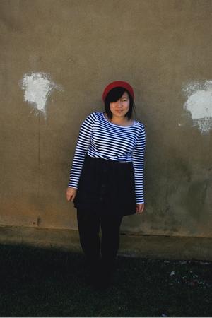blue Rodarte for Target t-shirt - red Forever 21 hat - black Forever 21 tights