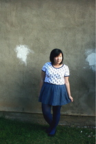 blue silence and noise skirt - white BDG t-shirt - blue Forever 21 tights