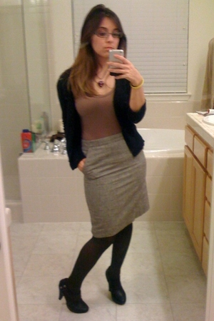 black cardigan - gray tights - brown skirt - beige shirt - purple necklace