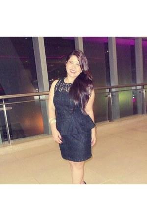 Blanc Et Noir dress - CLN bracelet - S&H heels