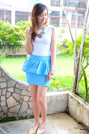 sky blue Zara skirt - white Eboutique top