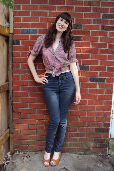 bronze Delias wedges - navy high-waisted Forever 21 jeans - Bronze Delias Wedges, Navy Highs, Waisted Forever 21 Jeans