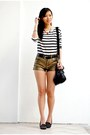 Black-striped-h-m-sweater