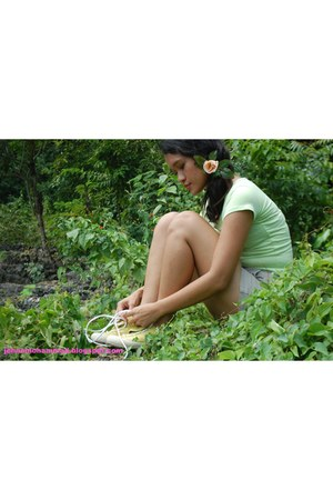 caterpillar shoes - shorts - blouse - accessories