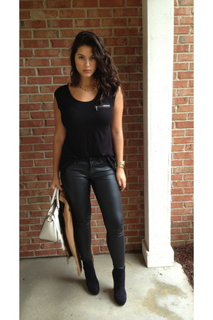 black Bakers wedges - ivory Michael Kors bag - black H&M t-shirt
