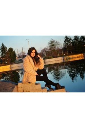black leather Bershka boots - cream faux fur Zara coat - navy plaid c&a shirt