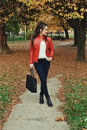 black c&a bag - black Bershka boots - navy Zara pants - white c&a jumper