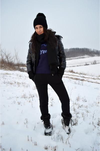 black Zara leggings - black H&M scarf - deep purple c&a sweatshirt