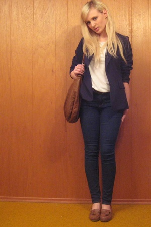 BDG jeans - H&M t-shirt - vinage blazer - vintage shoes