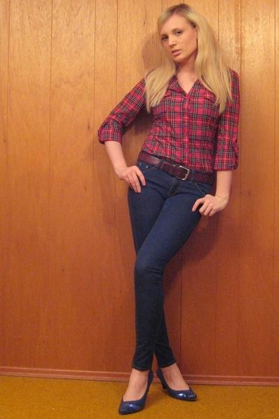 forever 21 shirt - BDG jeans - vintage belt - shoes