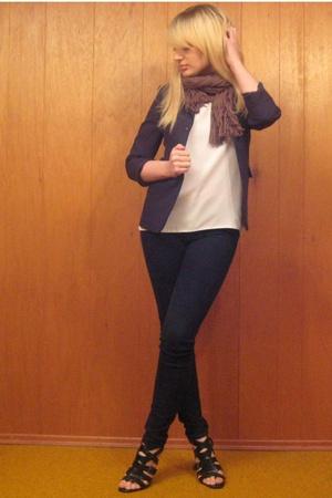 vintage blazer - vintage top - vintage scarf - BDG jeans - forever 21 shoes