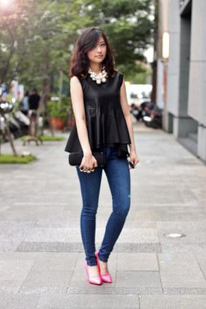 black Taipei top
