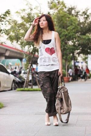 off white top - light brown balenciaga bag - army green pants