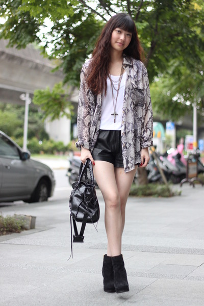 blouse - H&M shorts