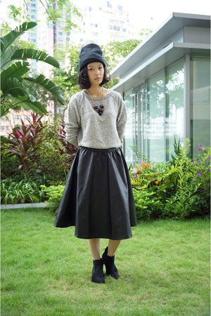 black Topshop hat - heather gray Uniqlo top - black skirt