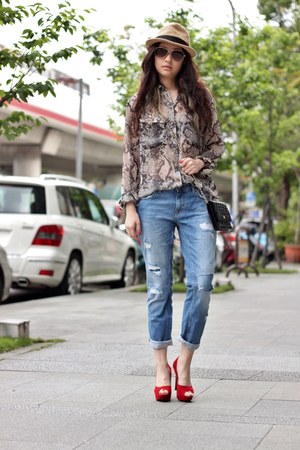 blue Zara jeans - light brown Comme des Garcon top