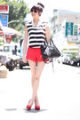 Black-bag-red-shorts-white-top