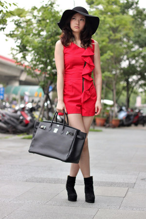 red Vieso jumper