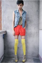 yellow sm department store tights - red Moda Intl shorts