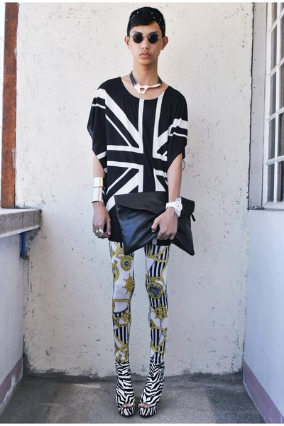 black OS necklace - light yellow tnc manila leggings - black Oxygen bag