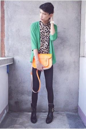 black asianvogue shop boots - black Forever 21 leggings