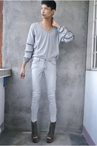 heather gray two 2 k9 sweater - heather gray Hot Topic jeans