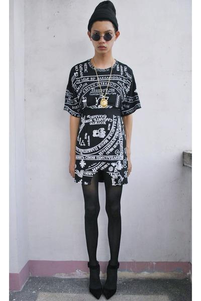 black fashioncookie heels